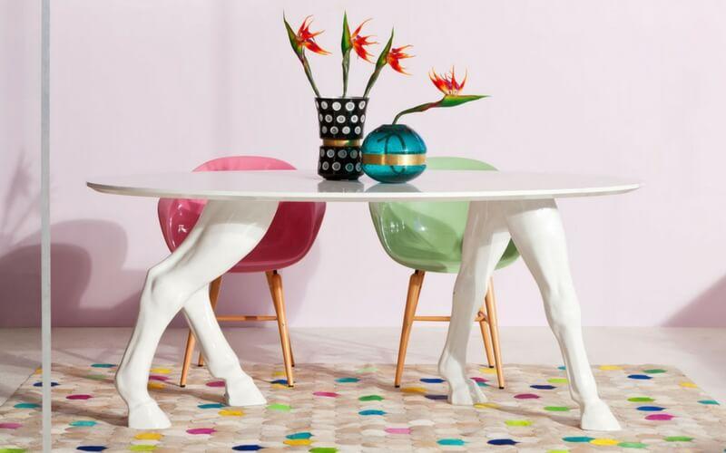 Spisebord og spisestol
