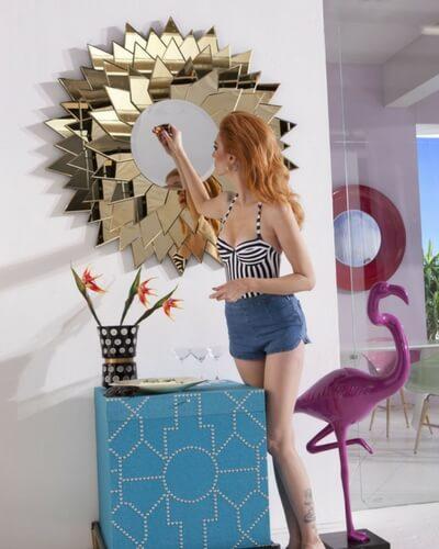 Unik spejl fra kare design