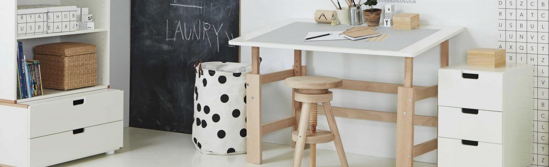 Børneskrivebord skrivebord til børneværelset