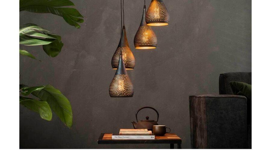 Flot lampe til over sofabordet