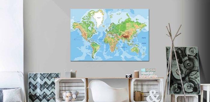 Fedt verdenskort som pynt til væggen