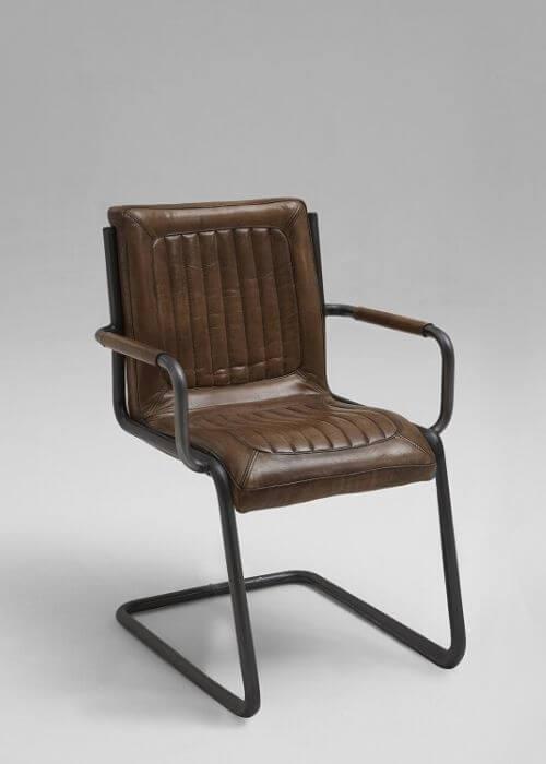 Lækker stol fra Bodahl med armlæn