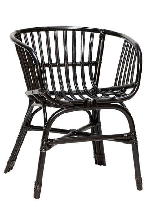 Flot stol fra Hubsh i sort rattan og med armlæn