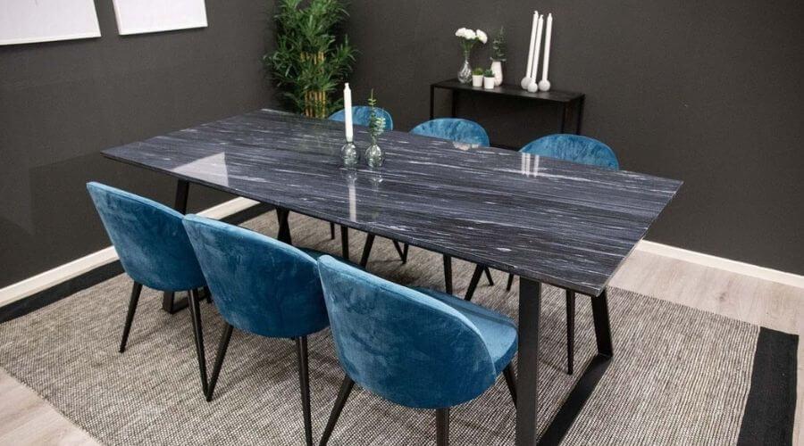 Flot marmor spisebord