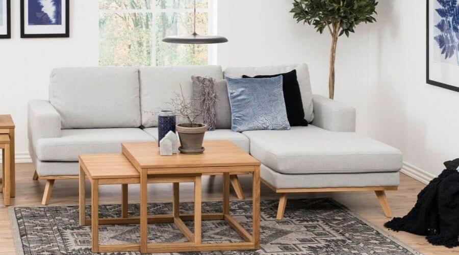 Flot sofa i grå stof
