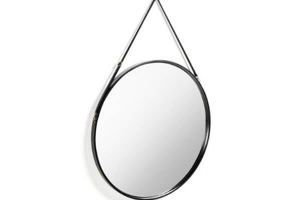 Rundt spejl med læderrem