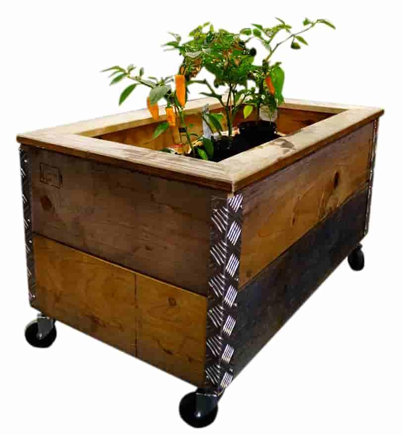 Image of A2 LIVING plantekasse - genbrugspaller, med hjul
