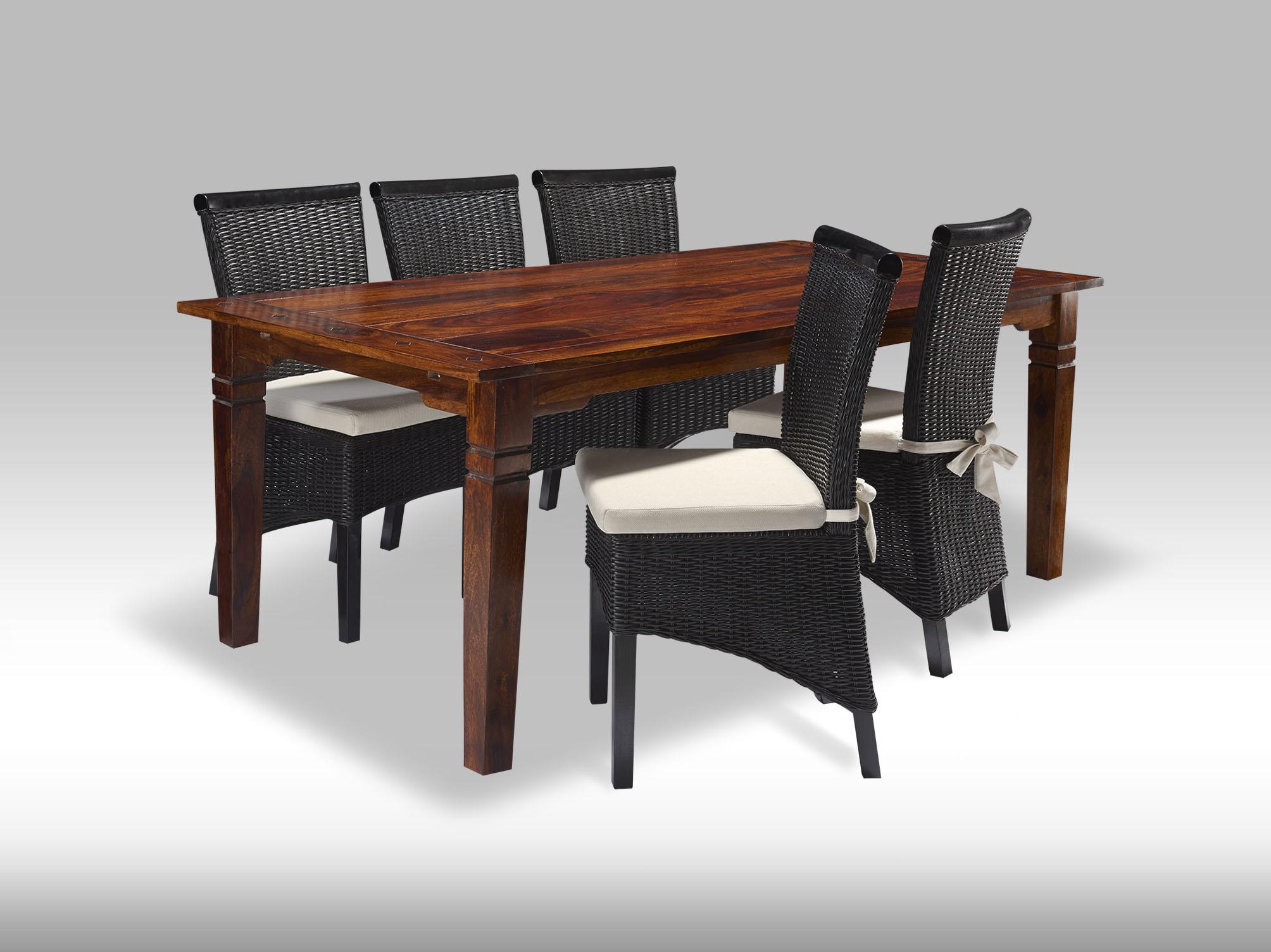 Fint Sheesham bord med seks tilhørerende stole.