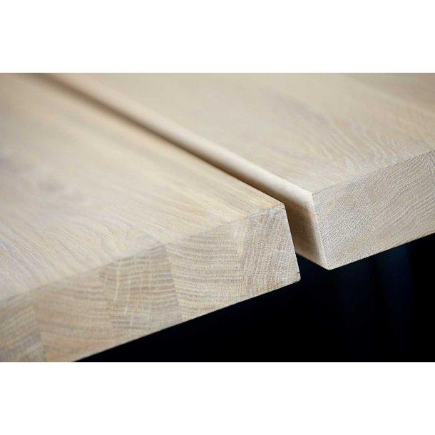 Zilas spisebord (290 cm) i hvidolieret vild eg