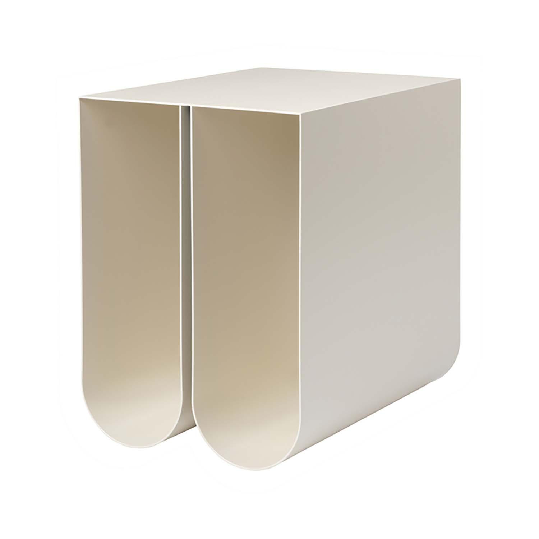 Billede af KRISTINA DAM STUDIO Curved sidebord - beige stål (35,5x26)