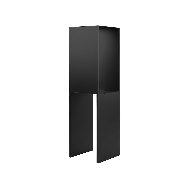 Billede af KRISTINA DAM STUDIO Pedestal bord - sort stål (28x28)
