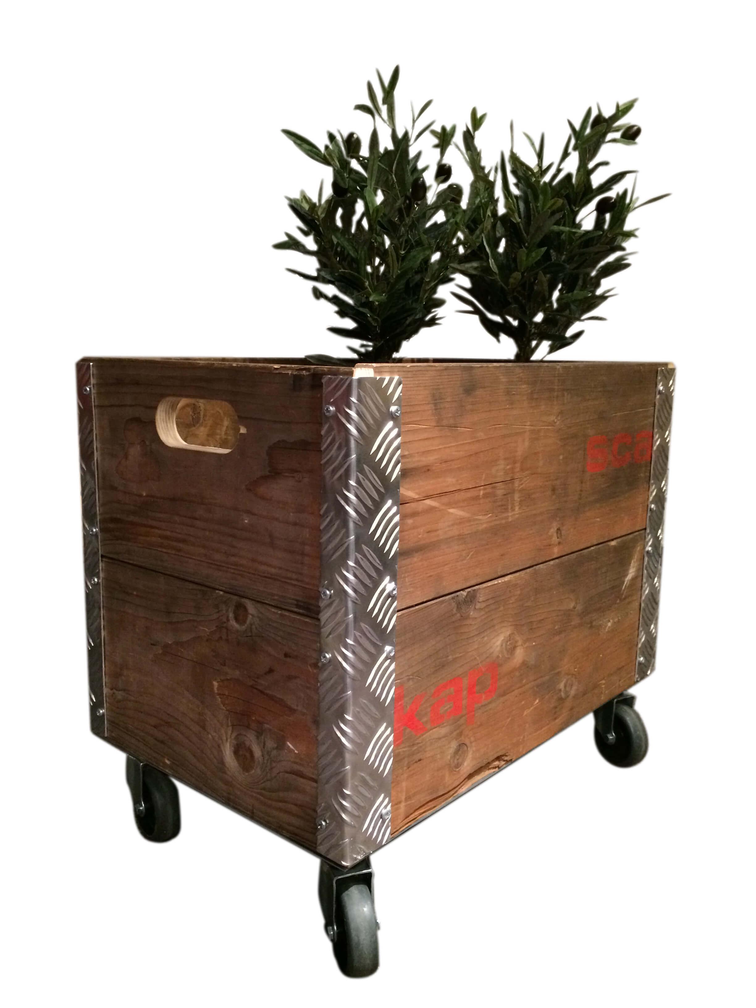 Image of   A2 LIVING Beer Box opbevaringskasse - genbrugstræ, med hjul