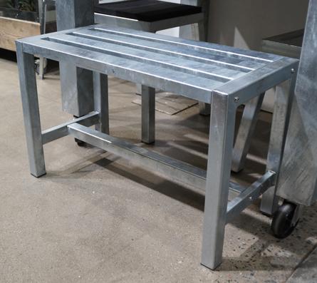 Image of   A2 LIVING bænk - galvaniserede stål (75x35)
