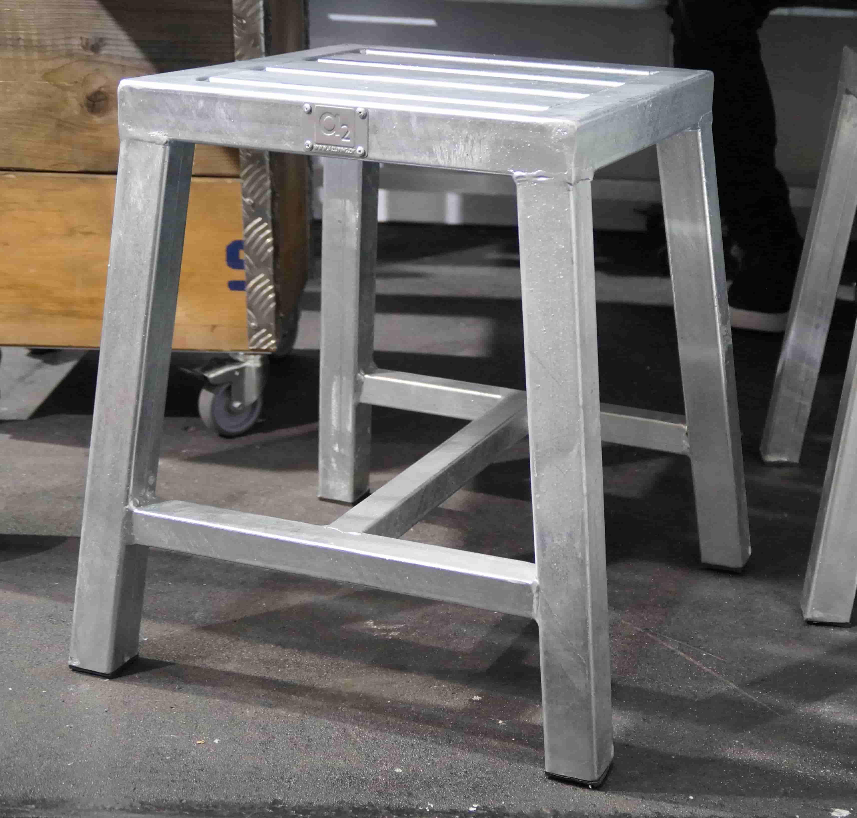 Image of   A2 LIVING Stool taburet - galvaniserede stål, uden ryglæn