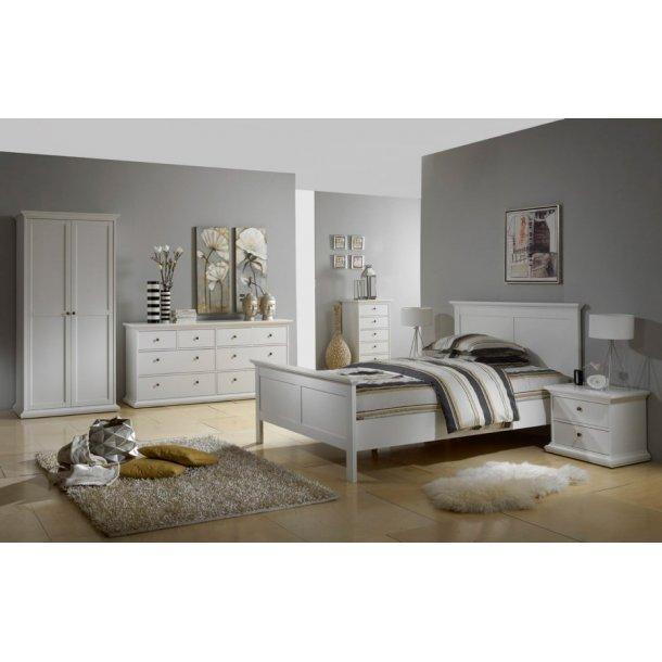 stor kommode med 8 skuffer fra danske tvilum bestil online i dag. Black Bedroom Furniture Sets. Home Design Ideas