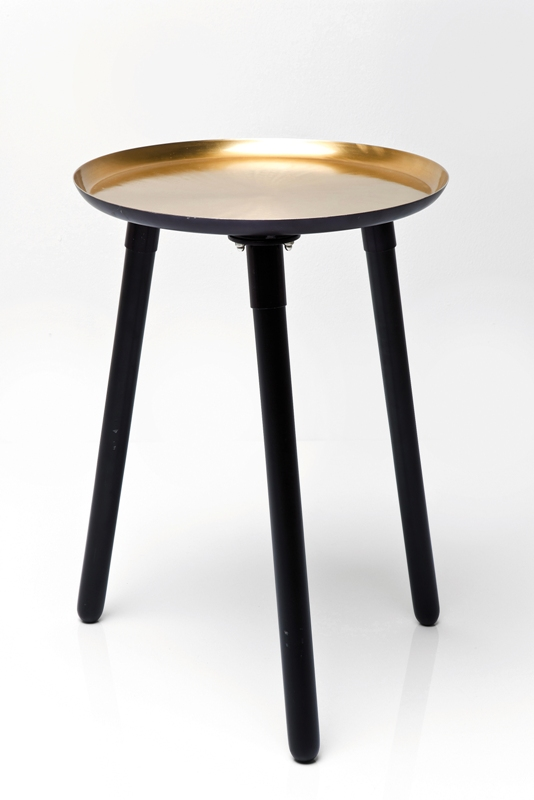 kare hj rneborde udstillingsmodel lagersalg. Black Bedroom Furniture Sets. Home Design Ideas