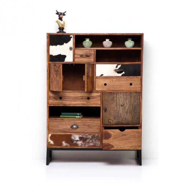 lkker og rummelig rodeo kommode med mange forskellige rum. Black Bedroom Furniture Sets. Home Design Ideas