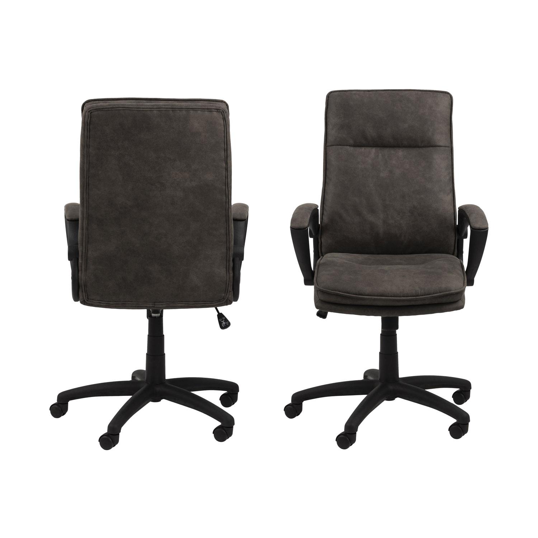 Billede af Act Nordic Brad skrivebordsstol m. armlæn og hjul - antracitgrå stof og sort nylon