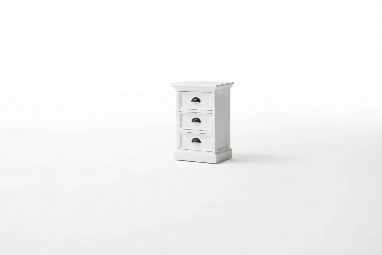 Billede af Novasolo sengebord med 3 skuffer - hvid