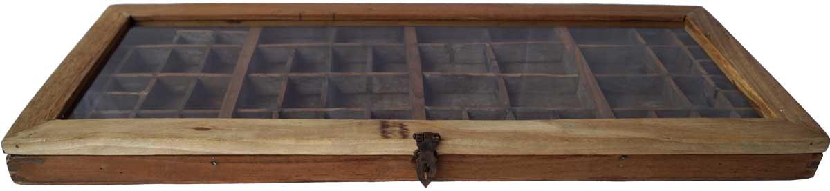 Billede af TRADEMARK LIVING Glasmontre - fin gammel sættekasse med glaslåg