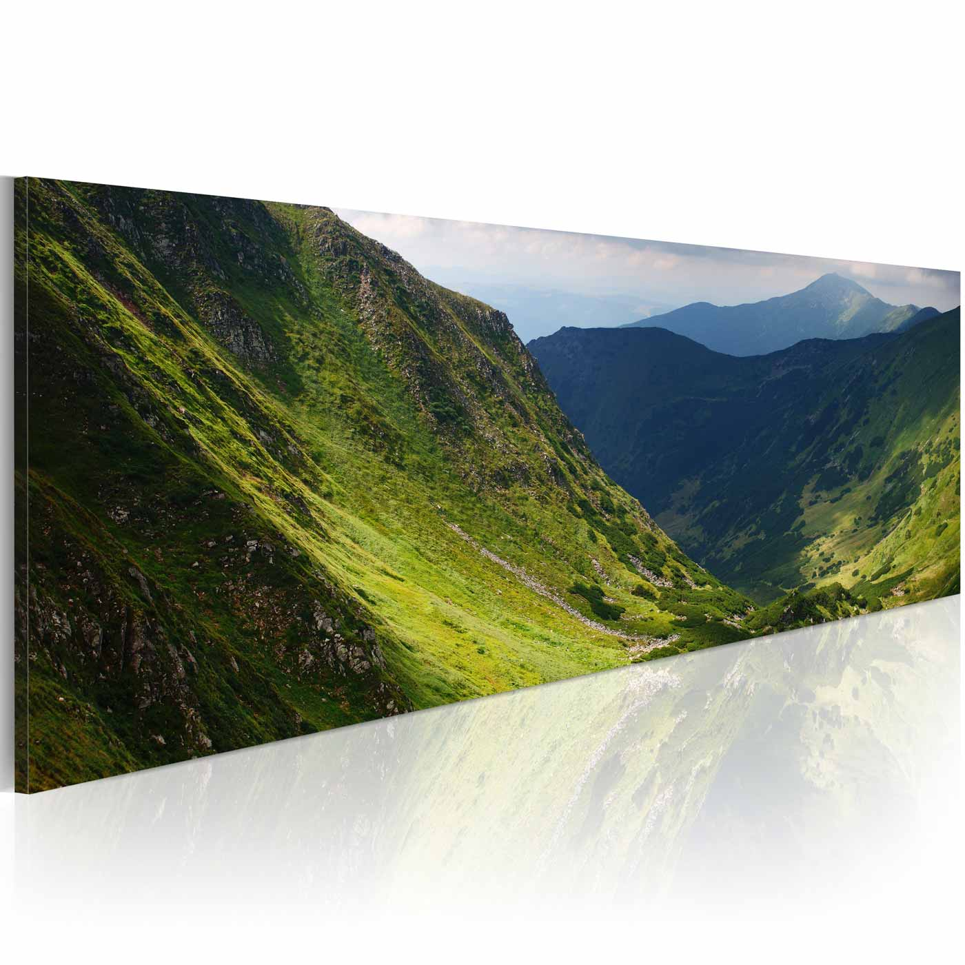 Artgeist in the valley of the mountain billede - multifarvet canvas print (40x120) fra artgeist på boboonline.dk