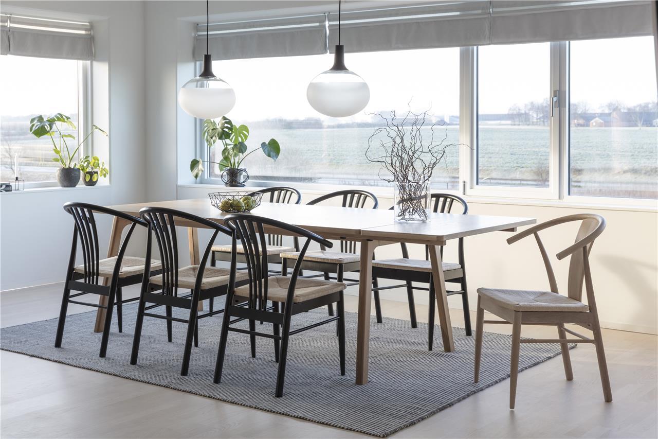 JANIK spisebordsstol - natur egetræ/rattan - OUTLET