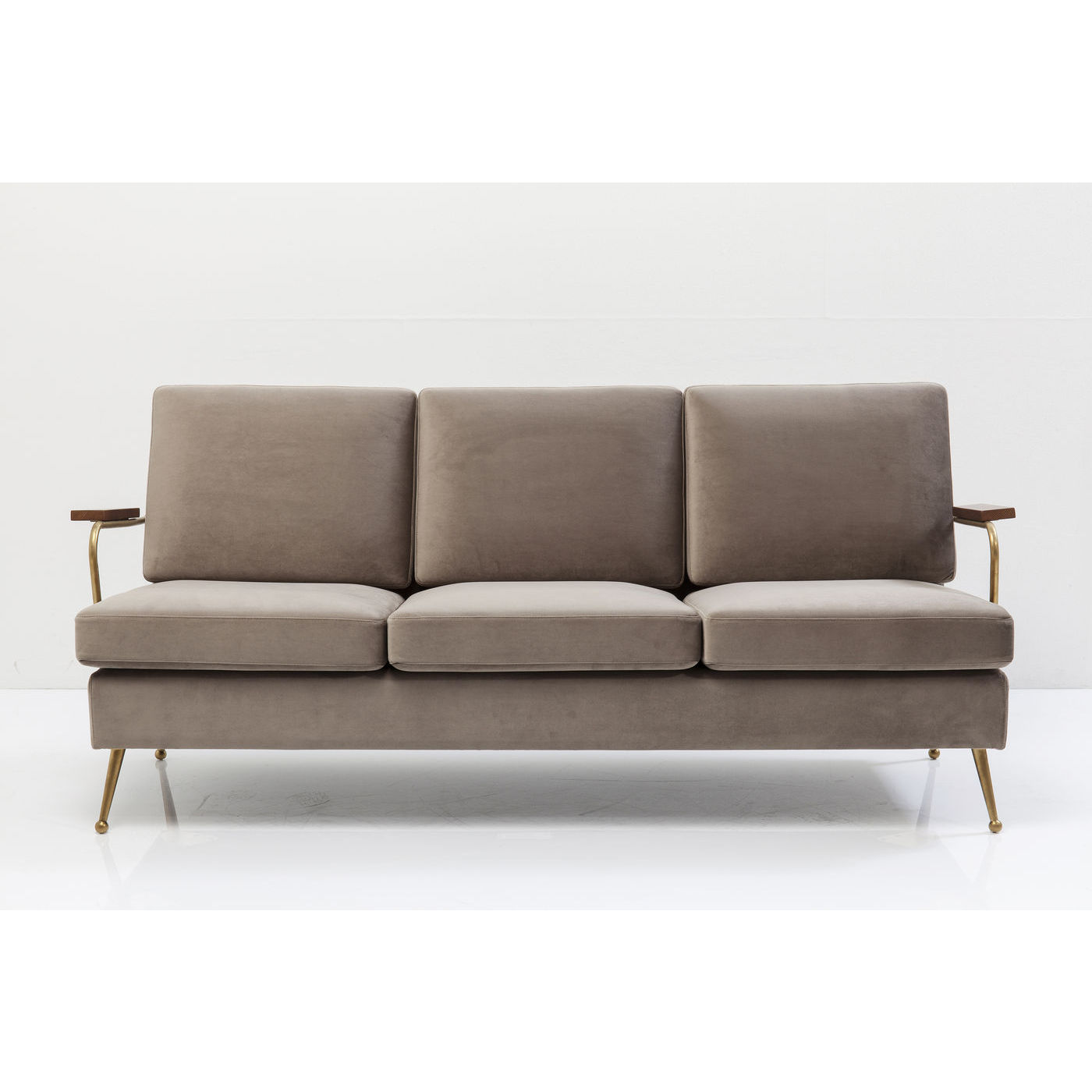 Image of   KARE DESIGN Gamble Sand 3-personers sofa - sand stof/messing stål, m. armlæn