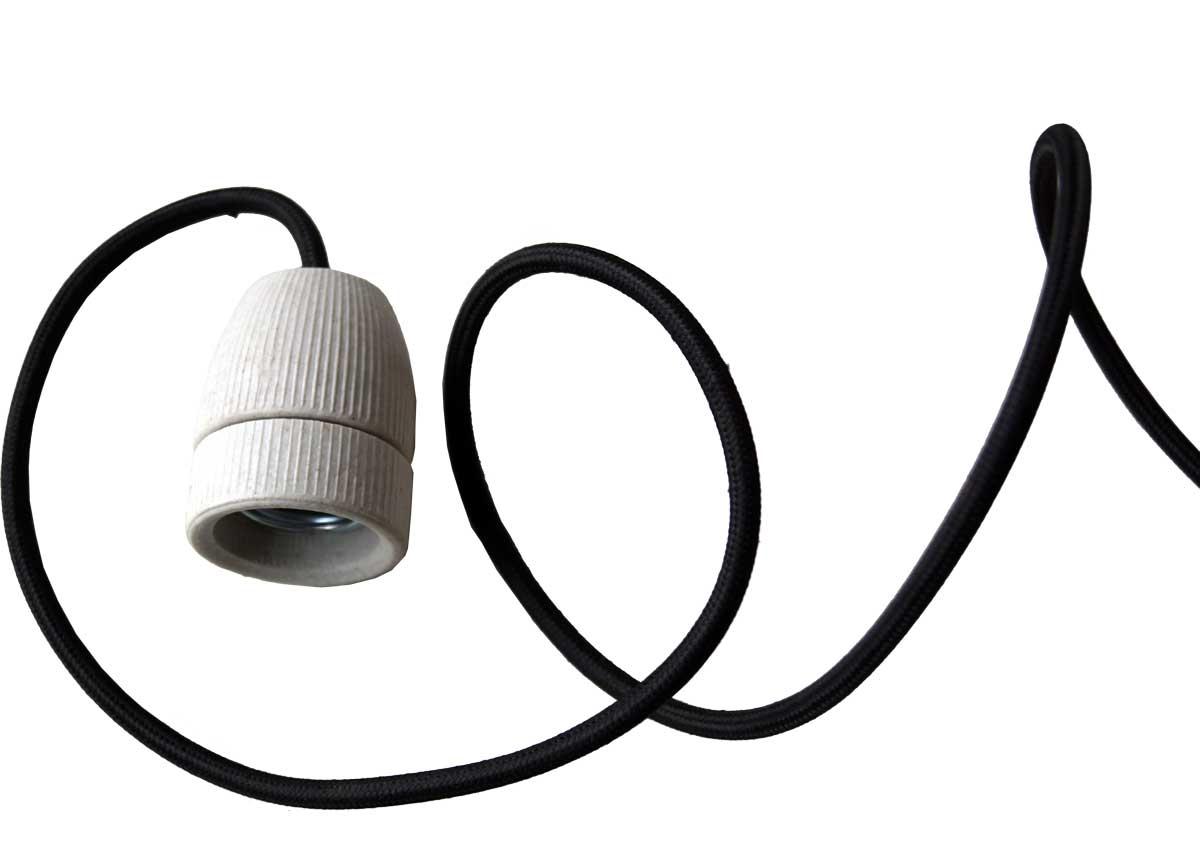 trademark living Trademark living hvid porcelænsfatning med sort ledning på boboonline.dk