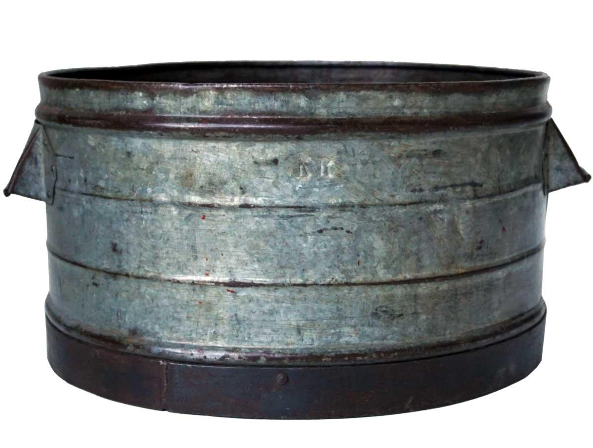 Billede af Trademark Living Gammel vintage jernbalje med råstyrke