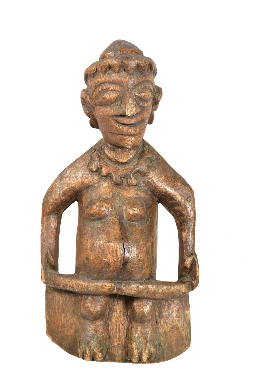 Image of   TRADEMARK LIVING Figur i træ med et sjovt udtryk