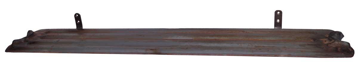 Billede af TRADEMARK LIVING Jernhylde med et råt og maskulint look