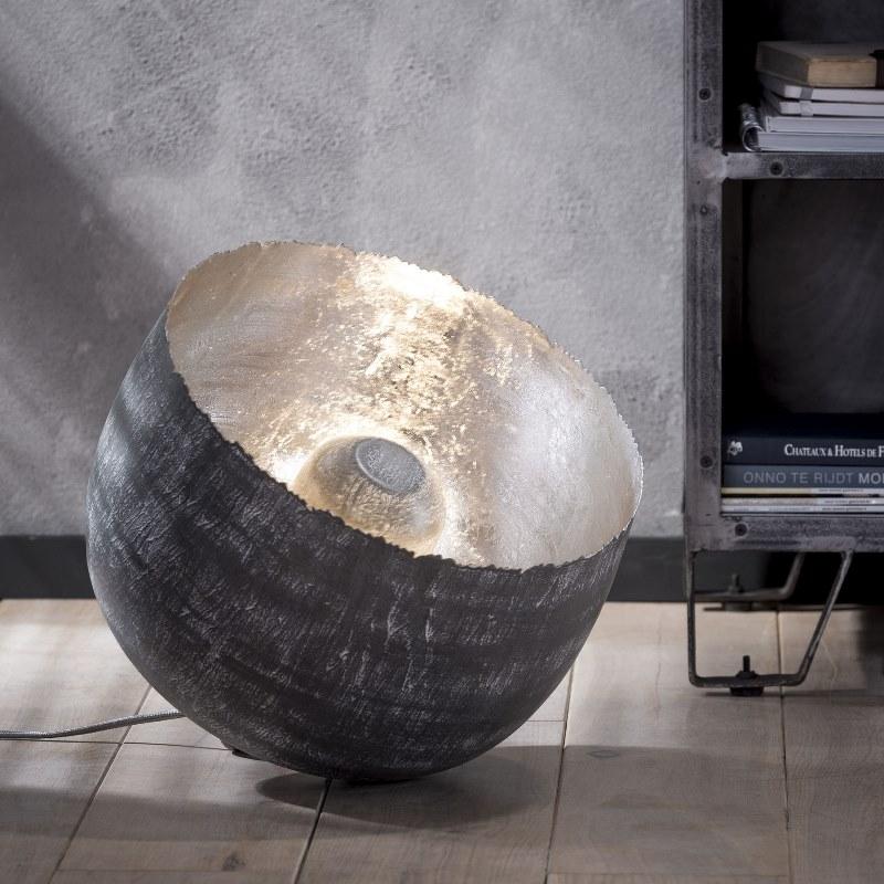 Billede af FURBO Rund bordlampe, patineret stål, højde 37 cm