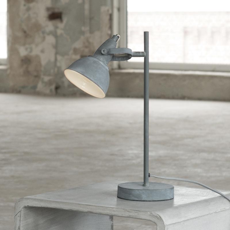 Billede af FURBO Bordlampe, beton farvet metal, beton fod