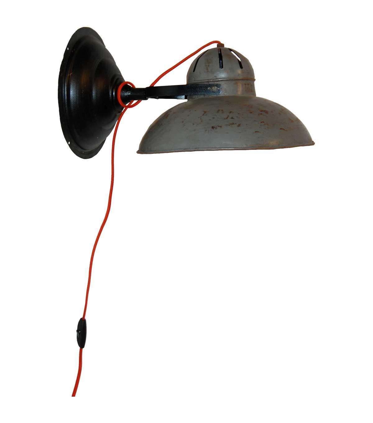 Billede af TRADEMARK LIVING Væglampe i jern - grå og sort