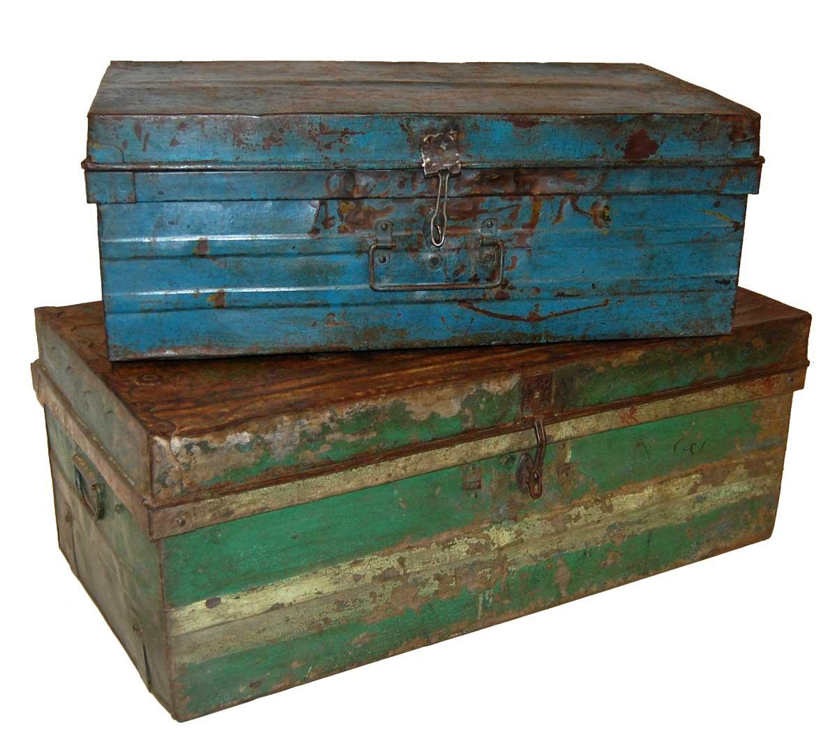 TRADEMARK LIVING Gammel vintage jernkuffert - sæt med 2